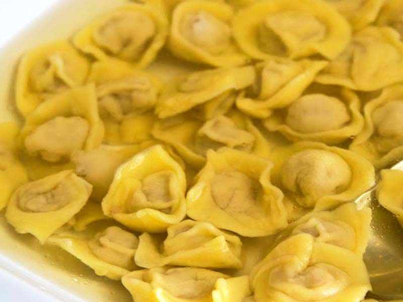 Cappelletti, the triumph of  filled pasta